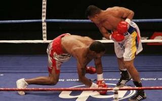 Torres vs Holt combates de boxeo