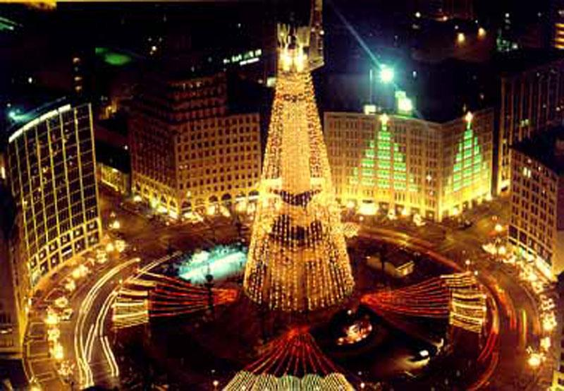 Parablesblog a rockefeller christmas redux for Tree lighting indianapolis