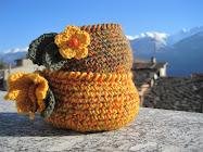 Cestini di lana calda con fiorellini !