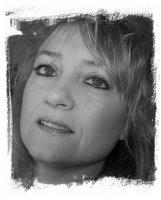 Deanne Burton