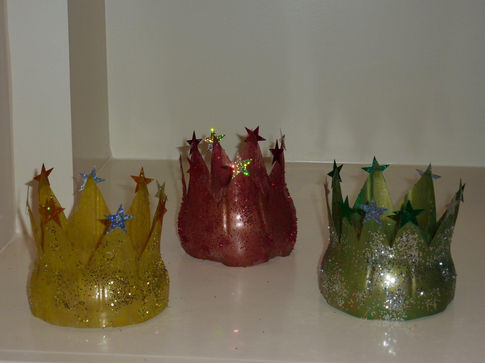Как сделать корону из пластика