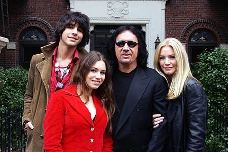 gene simmons and shannon tweed  relationship