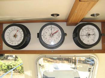 Trintec thermometer, tidal clock & barometer