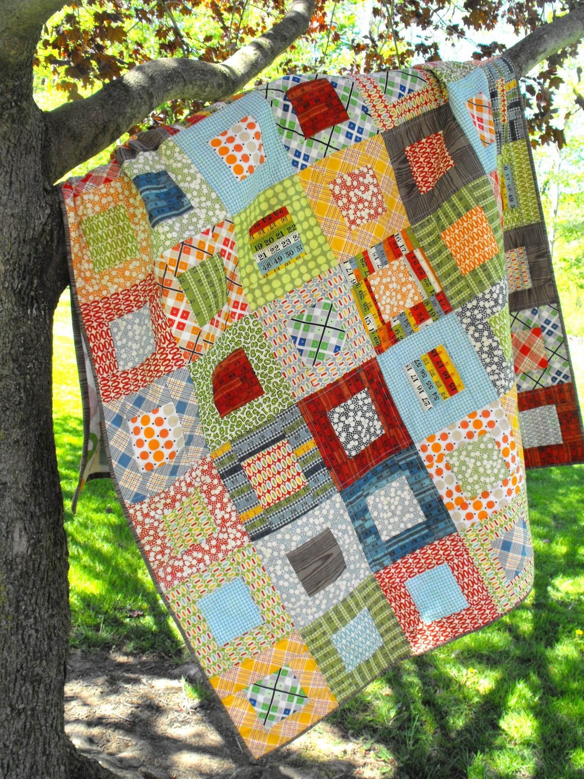 Quilting Pattern Squares : Fussy Cut: Elijah s quilt - square in square