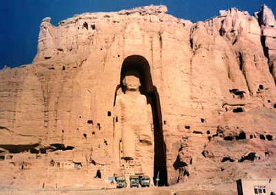 9 10 Huge Carved Stone Monuments image gallery 