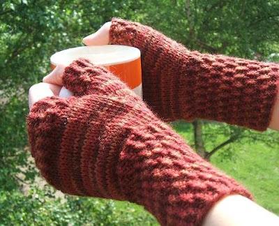 Fingerless Gloves Knitting Patterns | AllCrafts.net Free Crafts