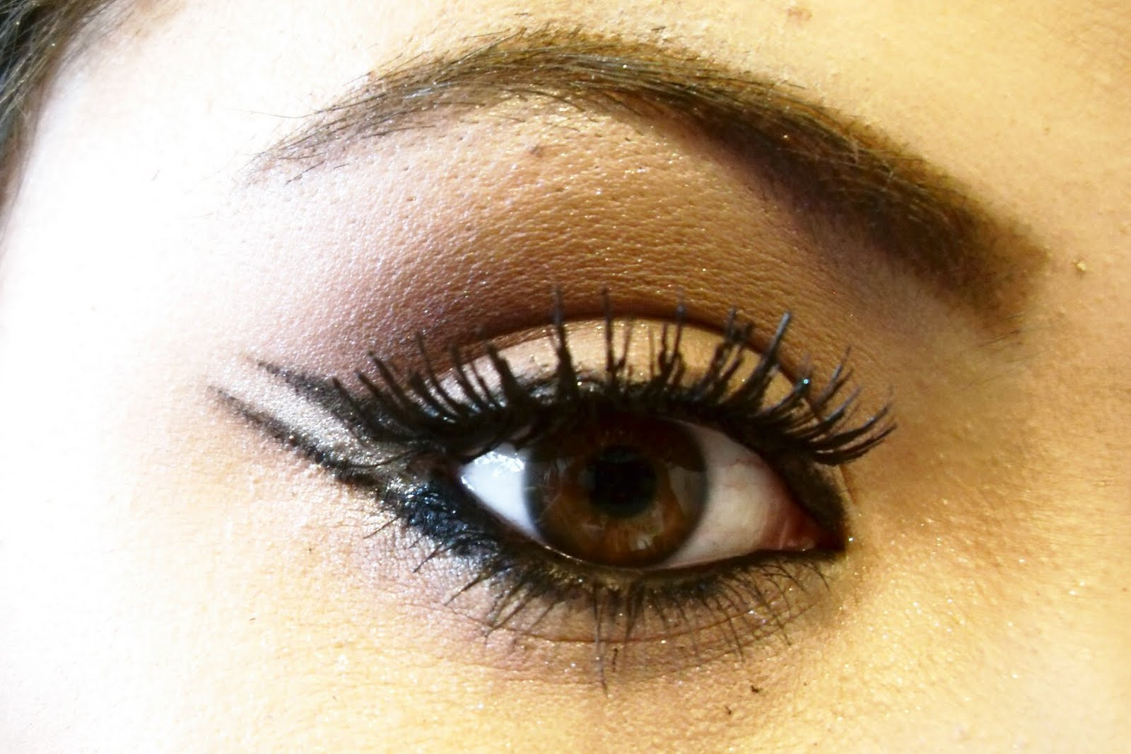 Meukei double winged eyeliner for Wing eyecare