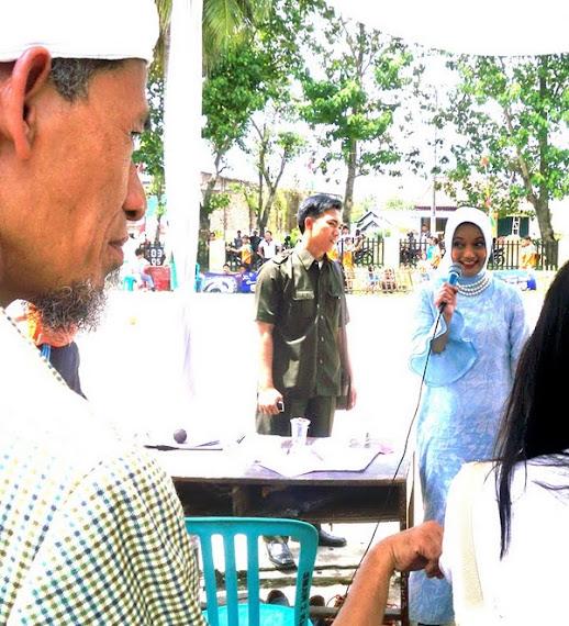 Marissa Haque Istri Ikang Fawzi Turut Turun ke Rakyat