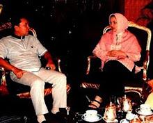 Kak Icha Istri Ikang Fawzi & Kakak Saya Menhut RI Zulkifli Hasan: Zainudin Hasan