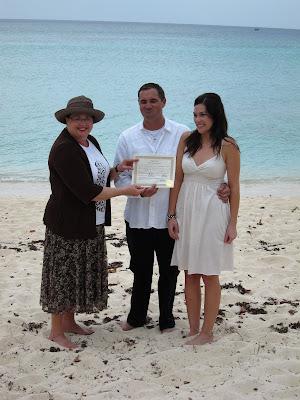 Simple, Barefoot Beach Wedding on Grand Cayman - image 4