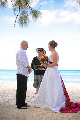 Color Coordination at this All-Inclusive Cruise Wedding - image 4