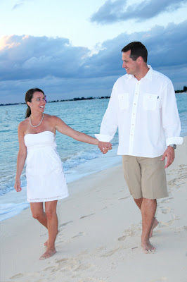 Family Wedding Vow Renewal for New Yorkers in Cayman - image 3