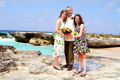 Simple, elegant, all-inclusive Cayman Island Cruise Wedding - image 2