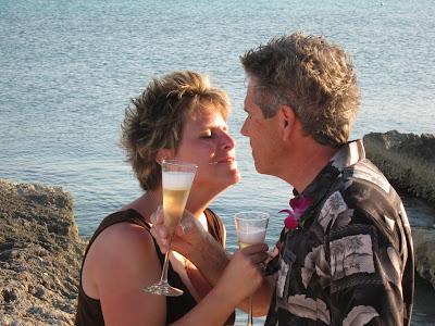 Cayman Island Pier Wedding for Illinois Pair -image 7