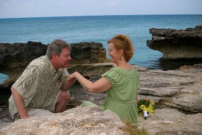 Eloping Texans Enjoy Their Easter Cayman Cruise Wedding - image 1