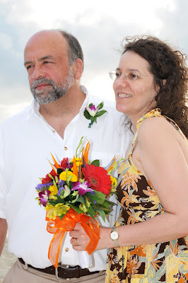 Surprise Wedding Vow Renewal on Grand Cayman Island - image 3