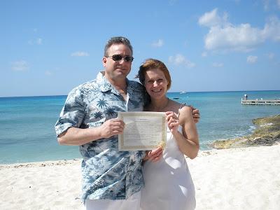A Simple Cayman Cruise Wedding for Pennsylvania Couple - image 2