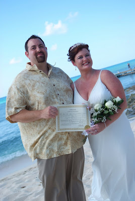 Seven Mile Beach Cruise Wedding for Port Richey Couple - image 2