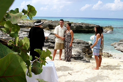 Simple Cayman Islands Beach Wedding for Illinois Couple and Family - image 1