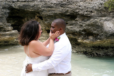 Canadians Choose Grand Cayman for Cruise Beach Wedding - image 7