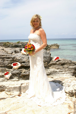 Irish Eyes Were Smiling at this Cayman Cruise Beach Wedding - image 1