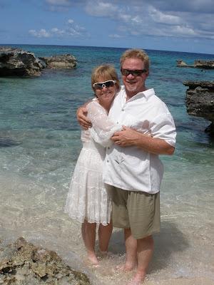 Simple Cayman Beach Wedding for Cruise Ship passengers - image 5
