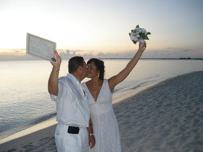 Encore Wedding, Seven Mile Beach, Grand Cayman - image 5