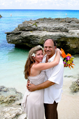 Beautiful Cruise Wedding at My Secret Cove, Grand Cayman - image 3
