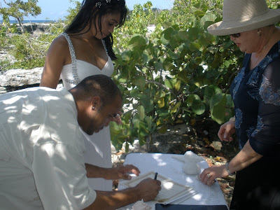 Simple Cayman Beach Wedding for Seattle Cruisers - image 2