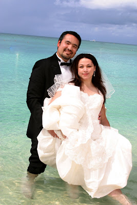 Heartfelt Wedding Vows on Seven Mile Beach, Grand Cayman - image 6