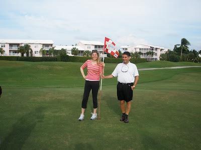 Grand Cayman Golf Course Wedding on 18th Hole - image 1