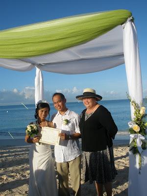 Sunrise Christmas Eve Wedding in Grand Cayman - image 5
