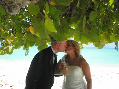 Canadian Cruisers Chose Cayman for Double Vow Renewal - image 3