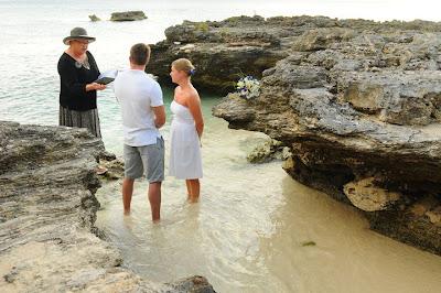 Grand Cayman Beach Wedding Dazzles for Missouri Newly-Weds - image 2