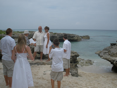 Why Grand Cayman is Perfect for Your Summer Cruise Wedding - image 1