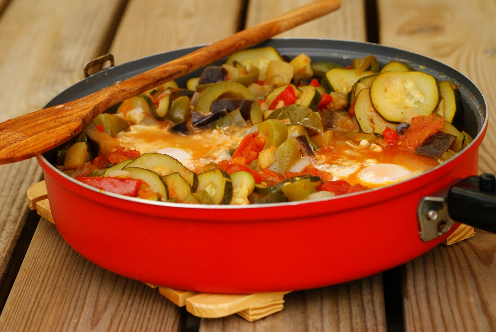 Food Moods - Healthy, wholesome seasonal cooking: Ratatouille