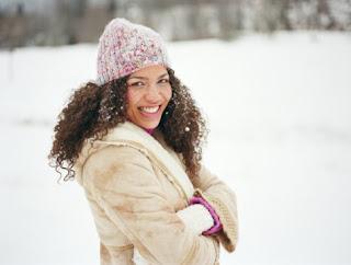 Prendre soin des cheveux en hiver Winter+coat