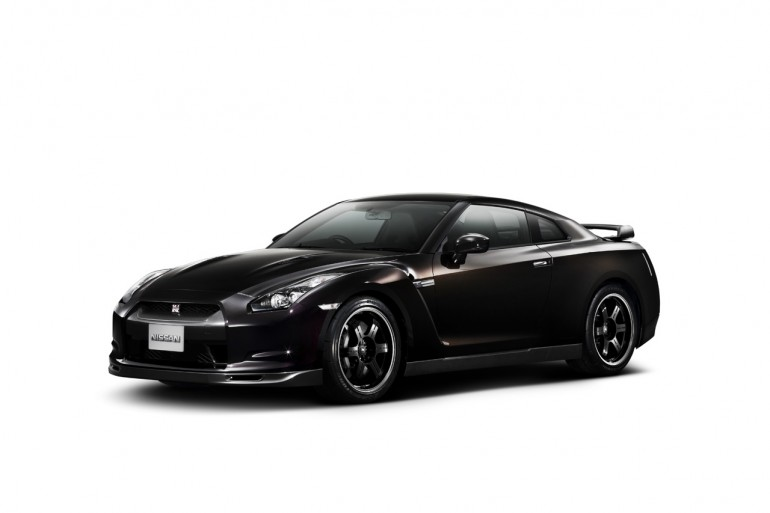 [Nissan_GT-R_SpecV_38.jpg_770]
