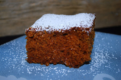 The Cutting Edge of Ordinary: Gingerbread Snacking Cake