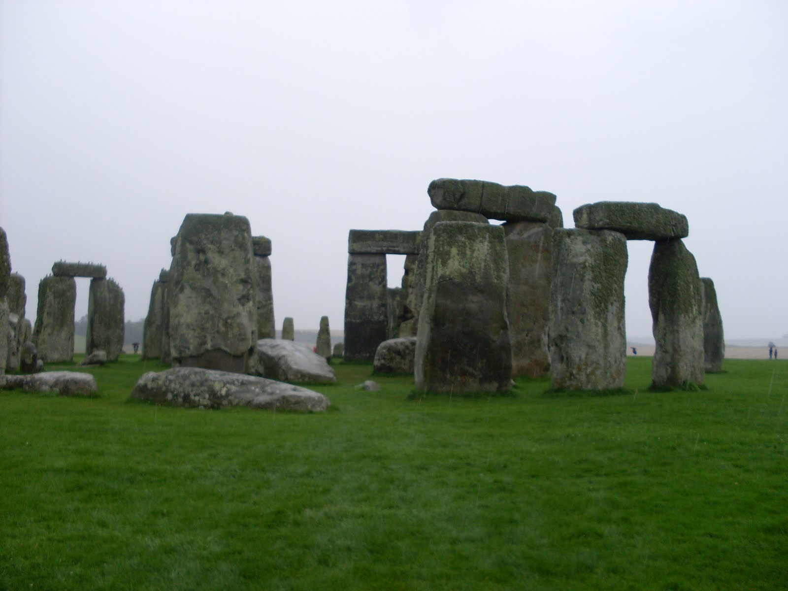 history of stonehenge Stonehenge construction periods, phases, and history stonehenge is definitely one of england's greatest icons its original purpose is still somewhat unclear, but some have speculated that it was a temple made for worship of ancient earth deities.