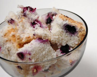 Cast Sugar: Blueberry Lime Angel Food Cake