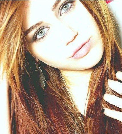 Miley Ya Que La Cantante Es Menor De Edad Y Podr An Incurrir En Un