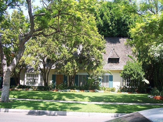 Opox Celebrity Marilyn Monroe House For Sale