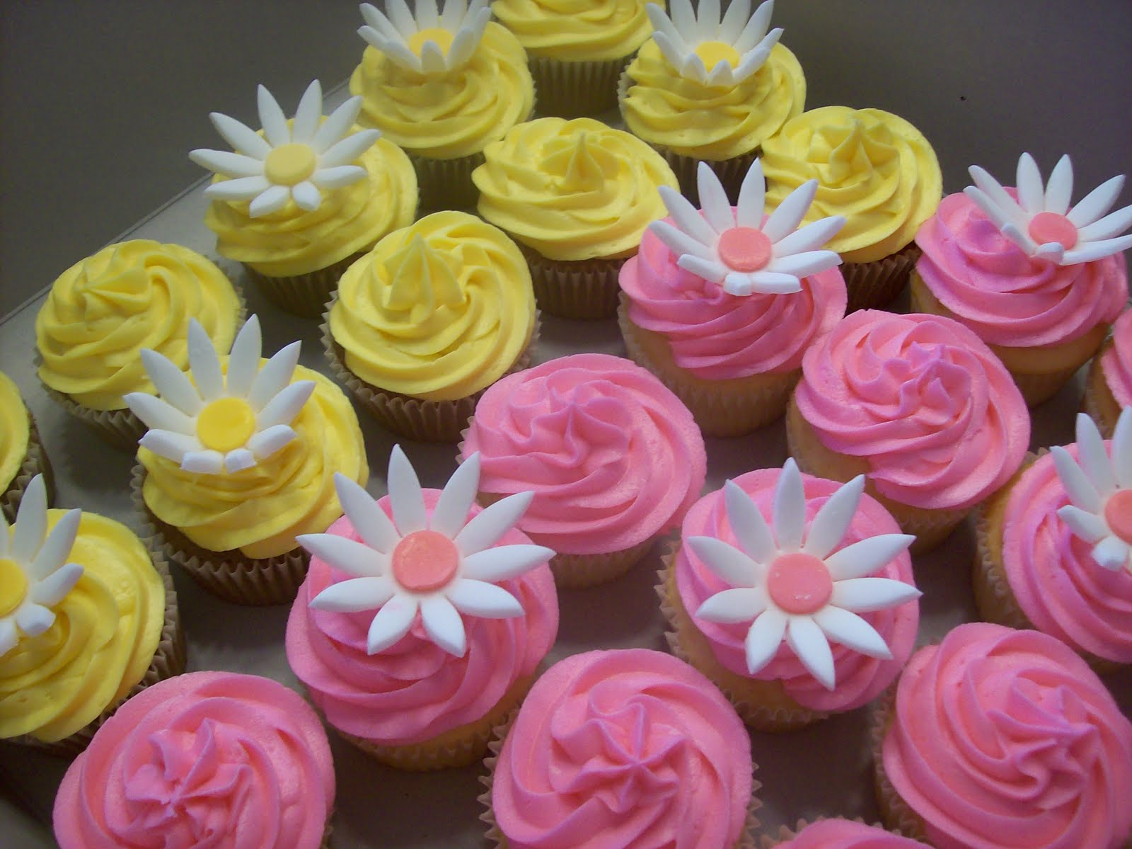 The Sugar Shack Flower Cupcakes