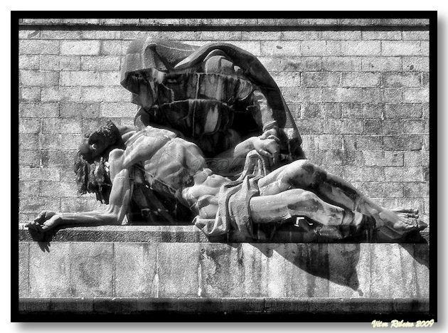 Grupo escultórico da Piedade, no Valle dos Caídos.