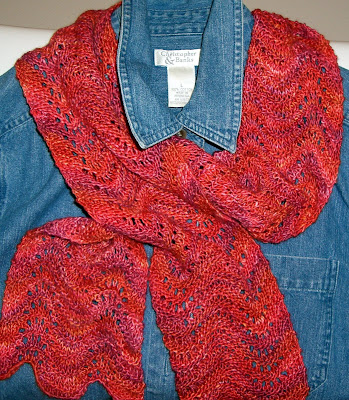 Basic Knitting Stitches Yarn Over : Nancys Arts & Crafts: Easy Lace Scarf; Independent Wool Dyers