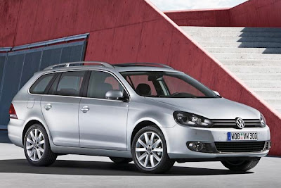 VOLKSWAGEN GOLF HATCHBACK RANGE CAR NEWS REVIEWS