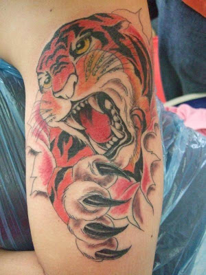 tattoo 3d, 3d tattoo tiger, 3d-tattoo arm upper, 3d-tattoo winged skull tattoo design