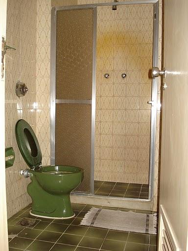 O Antes e Depois da Reforma do Banheiro Social  Decoração do quarto -> Reformar Banheiro Pequeno Pouco Dinheiro