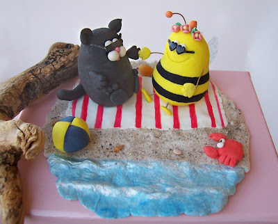 Wedding Cake Topper Fat Cat And Bee On The Beach